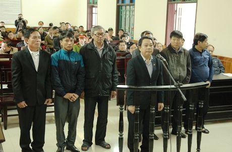 Nguyen Chu tich UBND huyen Ky Anh linh 12 nam tu - Anh 1