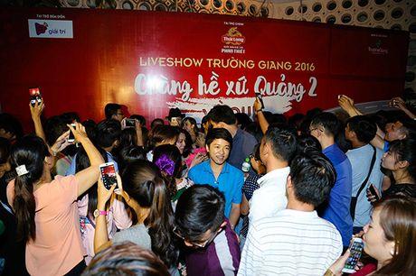 Truong Giang keo 4000 khan gia toi liveshow, bat chap mua bao - Anh 13
