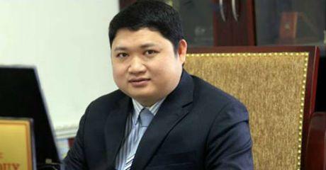 Vu ong Vu Dinh Duy di 'nuoc ngoai chua benh': Bi buoc thoi viec tu 1/12 - Anh 1