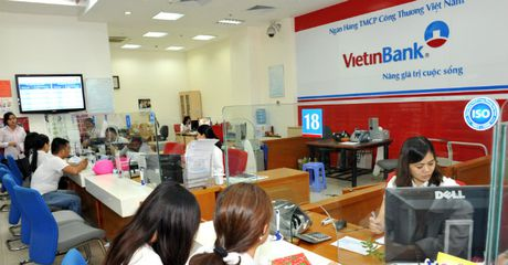 Sau BIDV, den luot Vietinbank lay y kien co dong ve viec tra co tuc bang tien - Anh 1