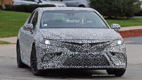 Toyota Camry 2018 se trinh lang vao dau nam toi - Anh 2