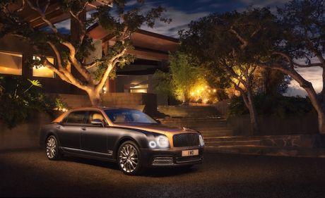 Bentley Mulsanne EWB duoc vinh danh 'chiec xe dang cap nhat' - Anh 1