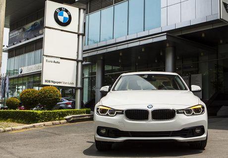 EuroAuto giai thich ve viec nhap khau o to BMW vao Viet Nam - Anh 1