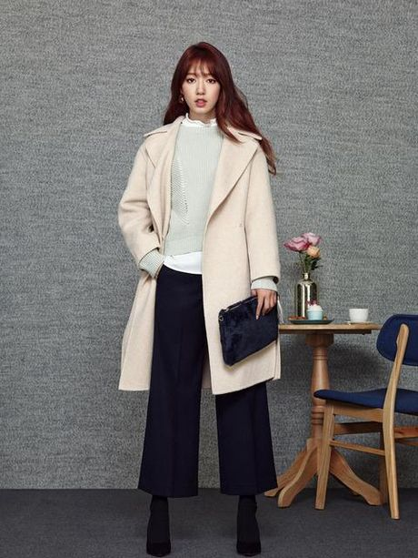 My nhan 17 tuoi xu Han dep khong kem dan chi Park Shin Hye - Anh 13