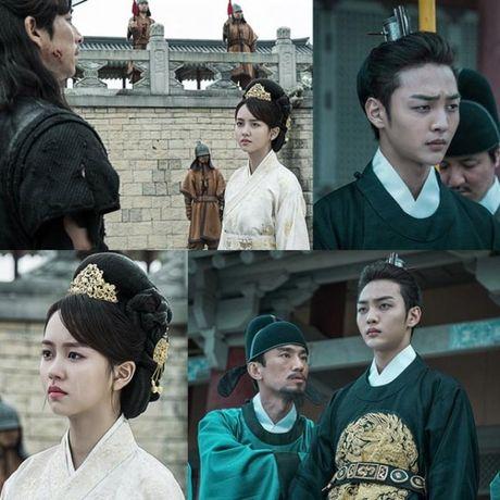 My nhan 17 tuoi xu Han dep khong kem dan chi Park Shin Hye - Anh 1