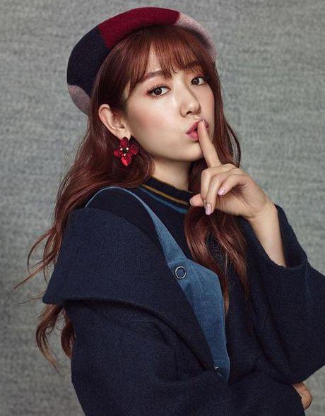 My nhan 17 tuoi xu Han dep khong kem dan chi Park Shin Hye - Anh 8