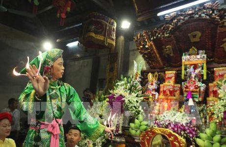Tin nguong tho Mau Tam phu duoc UNESCO cong nhan la Di san van hoa phi vat the - Anh 5