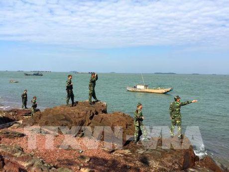 Quang Ninh khong chu quan phong chong buon lau cuoi nam - Anh 1