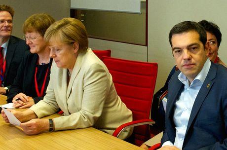 Thu tuong Hy Lap Alexis Tsipras: Nhung loi hua bat thanh - Anh 2
