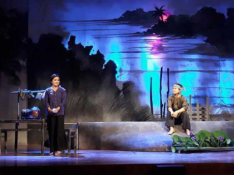 Truyen ngan cua Nguyen Ngoc Tu chuyen the cai luong - Anh 1