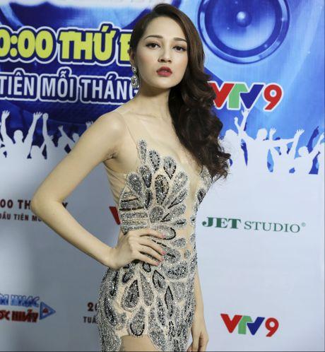 Bao Anh - Chi Dan than thiet sau su co ban ca khuc - Anh 2