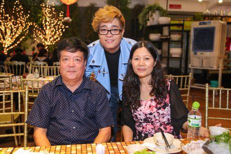 Ho Ngoc Ha deo kinh che met moi den du hop bao Bui Anh Tuan - Anh 11