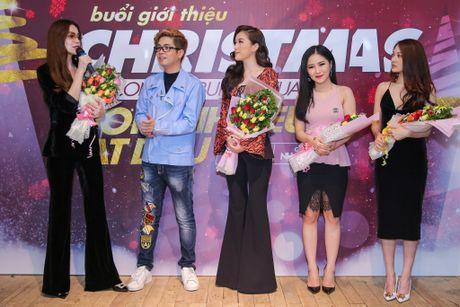 Ho Ngoc Ha deo kinh che met moi den du hop bao Bui Anh Tuan - Anh 1