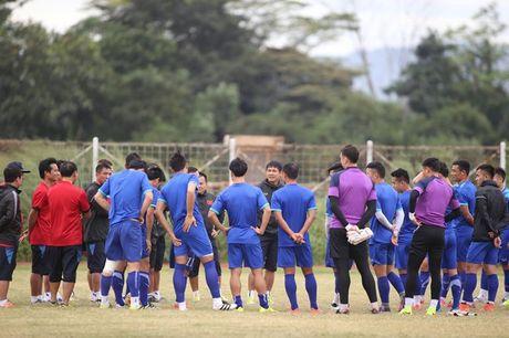 Viet Nam vs Indonesia: Huu Thang chuan bi dau Riedl nhu the nao? - Anh 2
