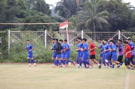Viet Nam vs Indonesia: Huu Thang chuan bi dau Riedl nhu the nao? - Anh 3