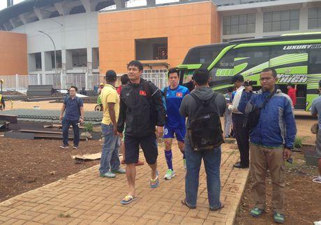 Viet Nam vs Indonesia: Huu Thang chuan bi dau Riedl nhu the nao? - Anh 6