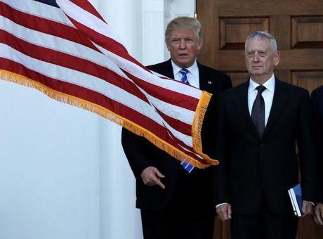 Ong Donald Trump chon Tuong ve huu lam Bo truong Quoc phong - Anh 1