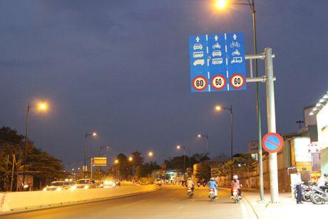 TP.HCM: Se giam toc do tren QL1, Xa lo Ha Noi - Anh 1