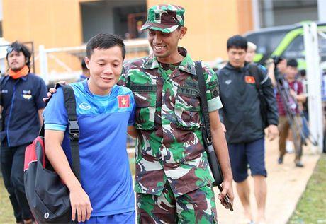 Gan 3.000 nhan vien an ninh bao ve tran Indonesia - Viet Nam - Anh 2