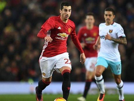 Man United: Dang sau chien thang o League Cup la ca dong cau hoi danh cho Mourinho - Anh 1