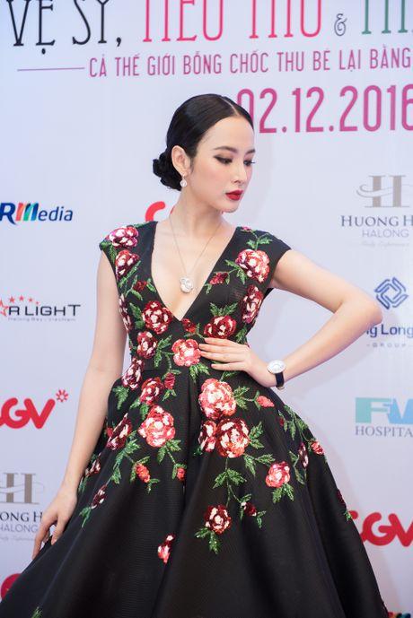 Angela Phuong Trinh goi cam, quyen ru duoi cai lanh cua Ha Noi - Anh 2