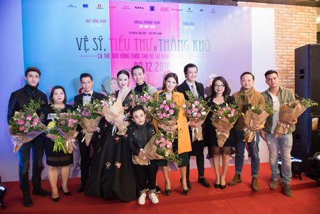 Angela Phuong Trinh goi cam, quyen ru duoi cai lanh cua Ha Noi - Anh 4