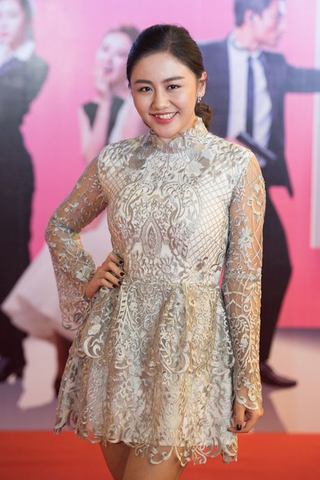 Angela Phuong Trinh goi cam, quyen ru duoi cai lanh cua Ha Noi - Anh 8