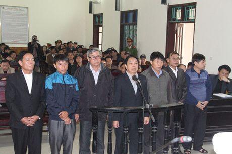 Ha Tinh: Nguyen Chu tich huyen Ky Anh linh an 12 nam tu - Anh 2