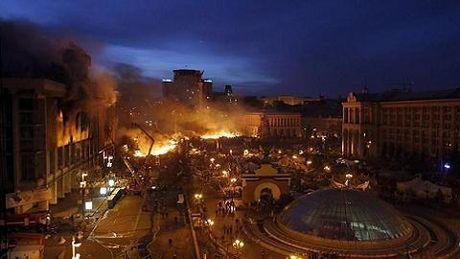 My da dao dien 2 kich ban Maidan Ukraine nhu the nao? - Anh 1
