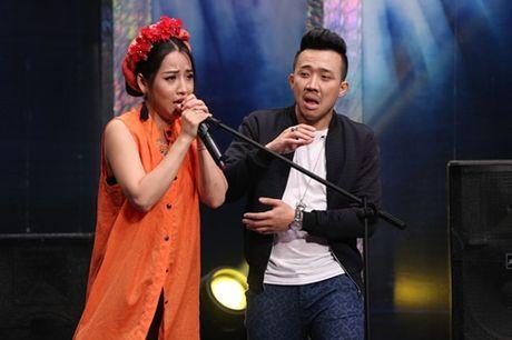 Tran Thanh doi cung co gai nay 'dap chet' Hari Won - Anh 2