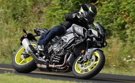 Top 10 mau xe the thao noi tieng cua Yamaha - Anh 6