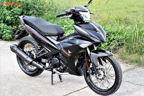 Yamaha Exciter 150 Matte Black do kieng 'sieu ngau' - Anh 1