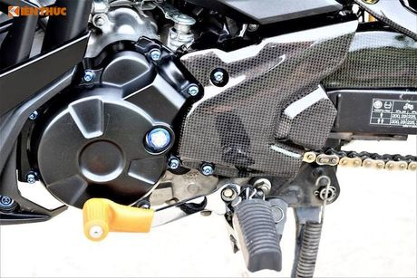 Yamaha Exciter 150 Matte Black do kieng 'sieu ngau' - Anh 5