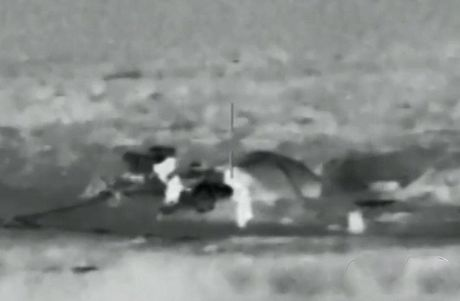 Robot chien tranh Nga da o Syria, phien quan IS coi chung - Anh 11