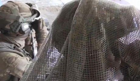 Robot chien tranh Nga da o Syria, phien quan IS coi chung - Anh 8