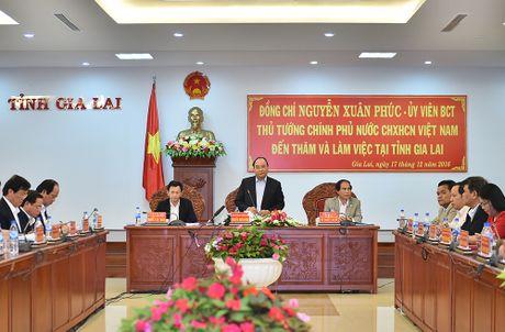 Thu tuong Nguyen Xuan Phuc tham, lam viec tai tinh Gia Lai - Anh 1