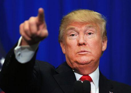 Trump tiep tuc cong kich, noi Trung Quoc cu giu lai tau lan da 'an cap' cua My - Anh 1