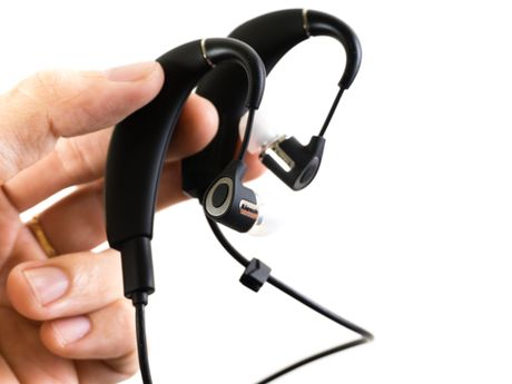 Can canh tai nghe Klipsch R6 In-ear Bluetooth - Anh 2