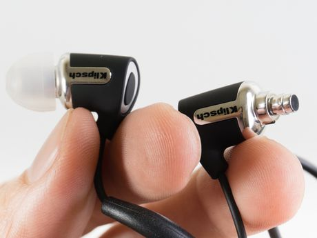 Can canh tai nghe Klipsch R6 In-ear Bluetooth - Anh 4