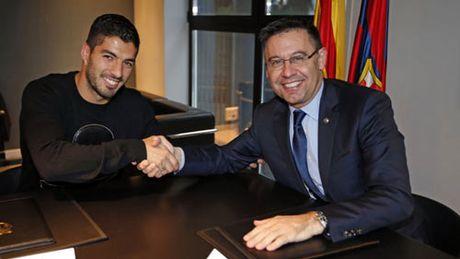 Barcelona: Giu Messi, khoc tham trong niem vui - Anh 2