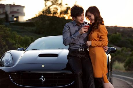 So nhan sac, tai san cua sao nam cung tuoi: Dan Truong – Xuan Bac - Anh 3