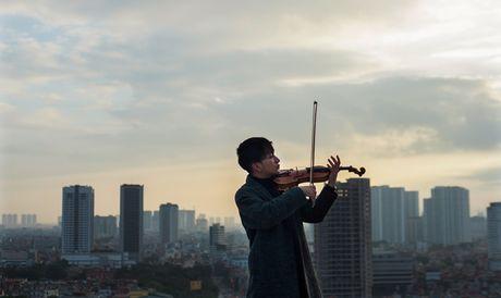 Hoang Rob: Tay ngang violin may man - Anh 1