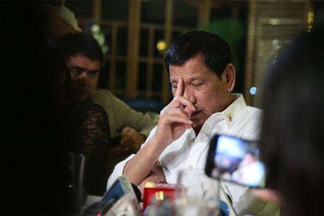 Tong thong Duterte co the khong lam het nhiem ky - Anh 1
