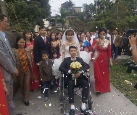 Co gai xinh cuoi chang trai gay 2 chan o Quang Ninh gay cam dong - Anh 3
