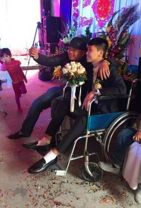 Co gai xinh cuoi chang trai gay 2 chan o Quang Ninh gay cam dong - Anh 5
