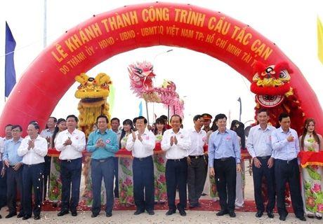 Pho Thu tuong Thuong truc cat bang khanh thanh cau Tac Can - Anh 1