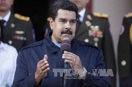 Venezuela keo dai thoi han ngung luu hanh dong tien co menh gia lon nhat - Anh 1