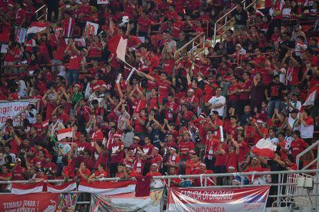 Thai Lan an ui cau thu Indonesia sau chung ket AFF Cup - Anh 7