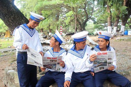Sac xanh cay phong ba di san tren dao Song Tu Tay - Anh 3