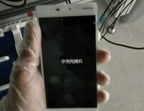 Lo thong tin chi tiet smartphone Nokia D1C - Anh 1